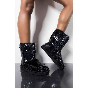 ◾️UGG Australia Black Sequin Boot
